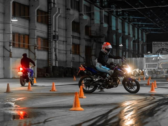 Motorrijlessen en praktijkexamens kunnen weer plaatsvinden